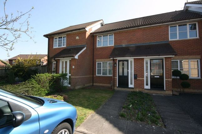 Thumbnail Property to rent in Ellerton Close, Theale, Reading