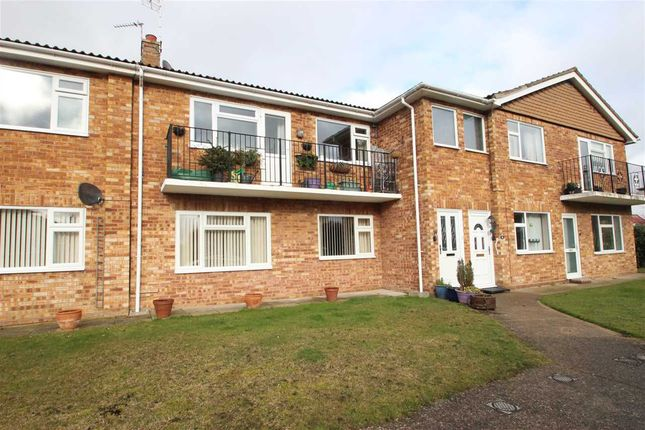 Thumbnail Maisonette for sale in Uplands Court, Kings Road, Clacton-On-Sea