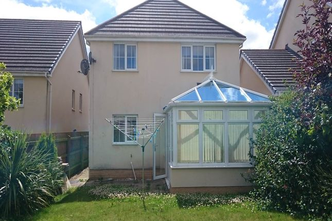 Thumbnail Property to rent in Maes Y Wennol, Carmarthen, Carmarthenshire