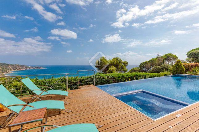 Thumbnail Villa for sale in Spain, Costa Brava, Sant Feliu De Guíxols, Cbr14626