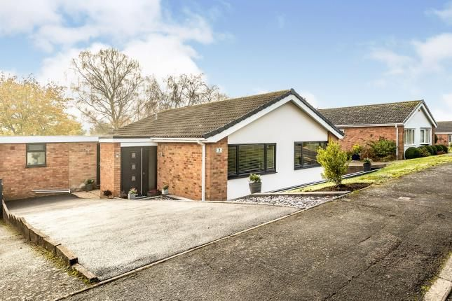 Thumbnail Bungalow for sale in Inchford Avenue, Woodloes Park, Warwick, Warwickshire