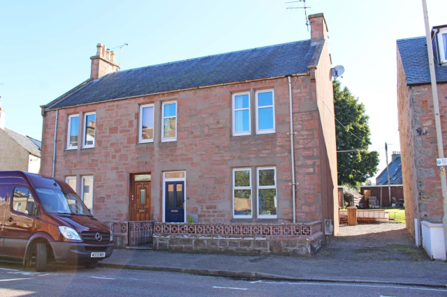 Thumbnail Semi-detached house to rent in Ardconnel Street, Inverness, 3Ha