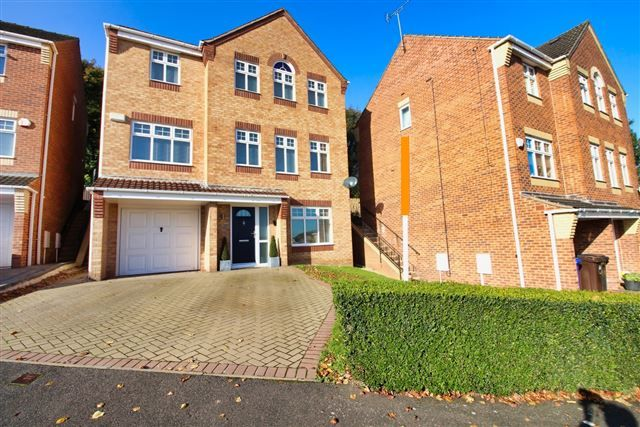 Thumbnail Detached house for sale in Rose Hill View, Mosborough, Sheffield