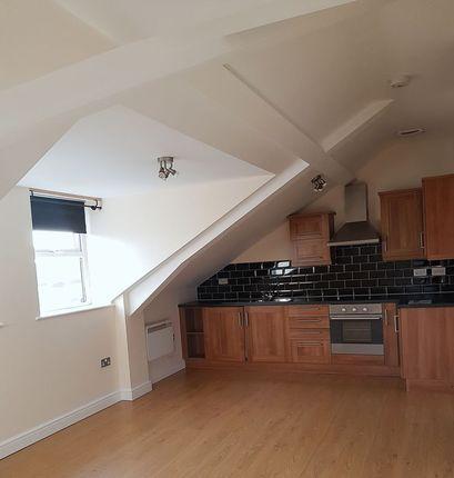 2 bed flat to rent in Warrington Road, Culcheth, Warrington WA3