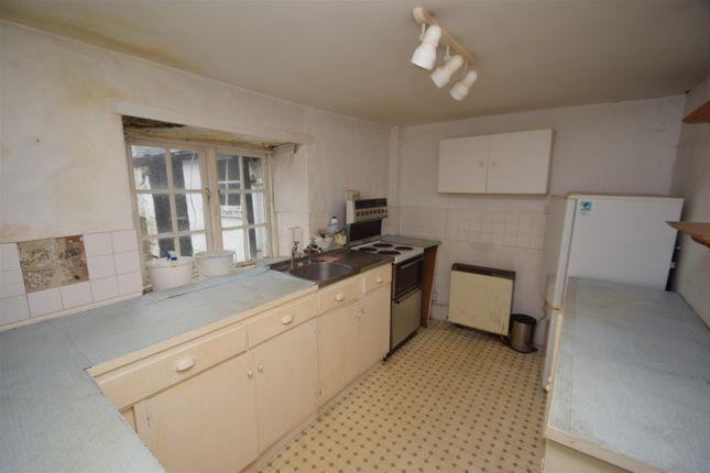 Kitchen of New Street, Penryn TR10