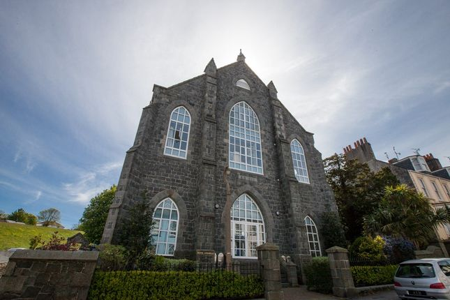 Thumbnail Flat to rent in Victoria Road, St. Peter Port, Guernsey