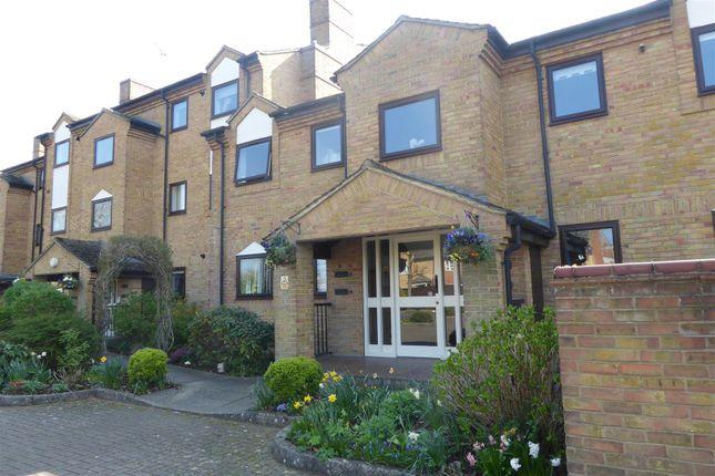 Thumbnail Flat to rent in Belton Street, Stamford