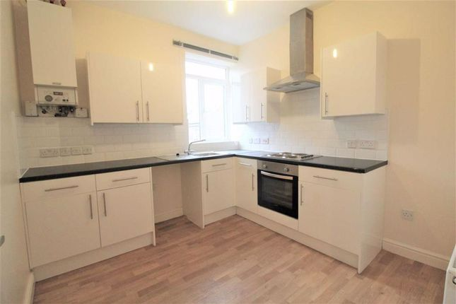 2 bed flat to rent in Charlton Road, Above Cohens Chemist, Manchester M19