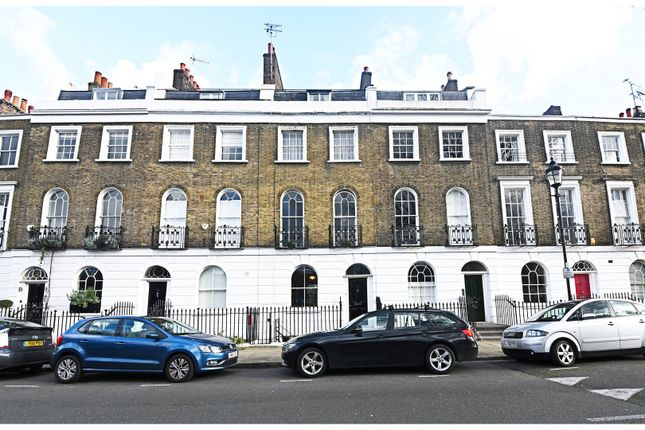 Thumbnail Terraced house for sale in Gibson Square, Islington