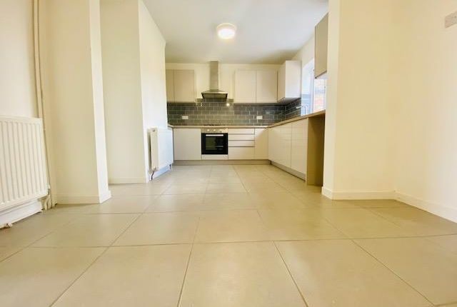 3 bed property to rent in Little Close, Eye, Peterborough PE6