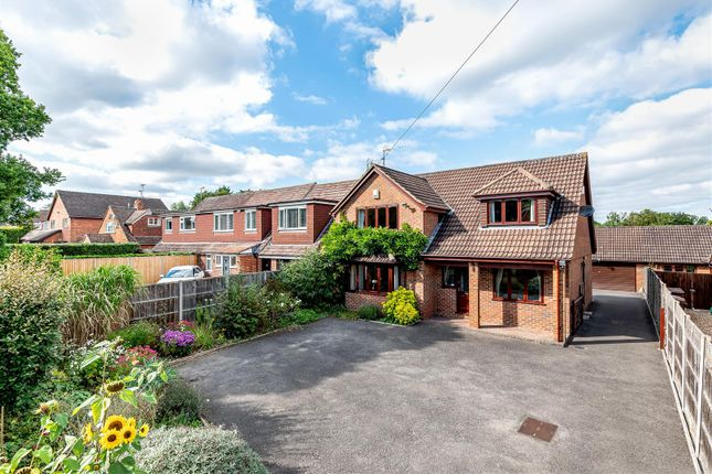 4 bed detached house for sale in Nine Mile Ride, Finchampstead, Berkshire RG40