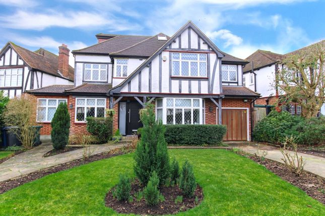 Thumbnail Detached house to rent in Kings Drive, Edgware