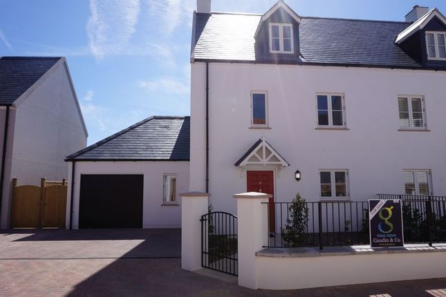 Thumbnail Property to rent in La Rue Horman, Grouville, Jersey