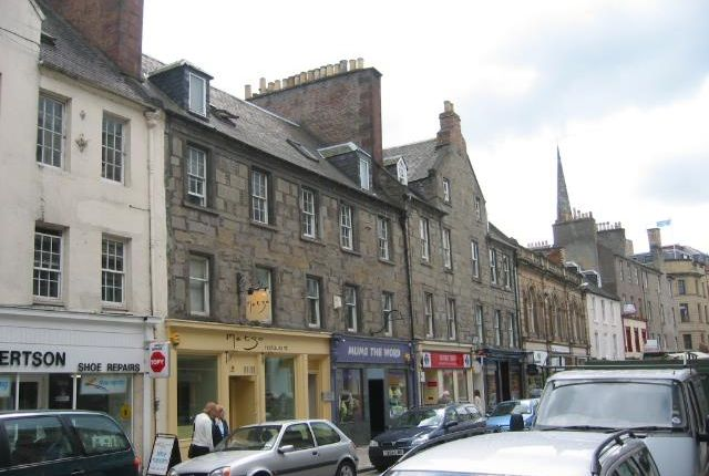 3 bed flat to rent in George Street, Perth PH1