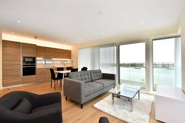 Thumbnail Flat to rent in Hampton Apartments, Duke Of Wellington Avenue, Royal Arsenal Riverside, Woolwich