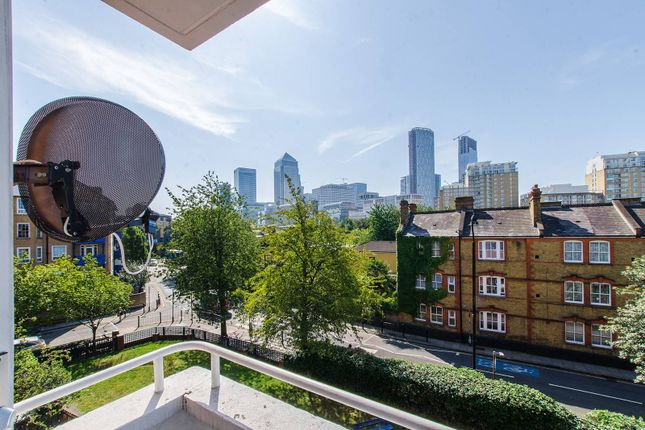 4 bed flat for sale in Bethlehem House, Docklands, London E14