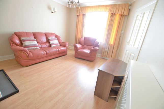 Thumbnail End terrace house to rent in Trelawney Avenue, Langley, Berkshire