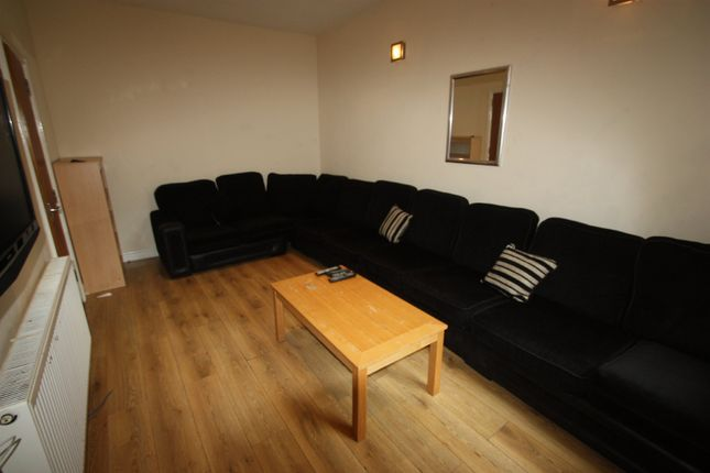 8 bed terraced house to rent in Heeley Road, Selly Oak, Birmingham B29
