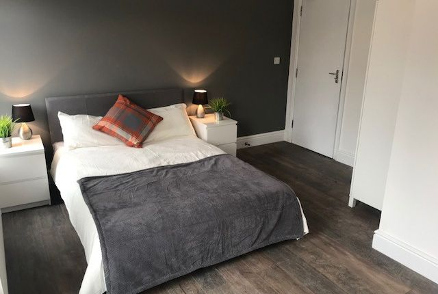 Thumbnail Room to rent in (Room 5), Gleaves Road, Manchester