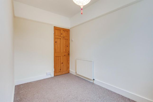 6_Bedroom 2-1 of Westminster Close, Ilford IG6
