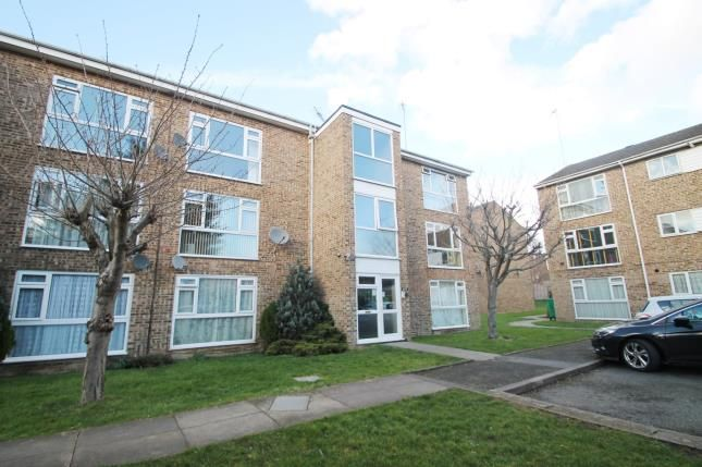 Thumbnail Property for sale in Jengar Close, Sutton, Surrey, England