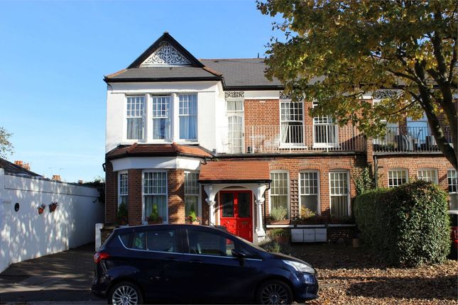 Thumbnail Flat for sale in Wellfield Avenue, Muswell Hill, London