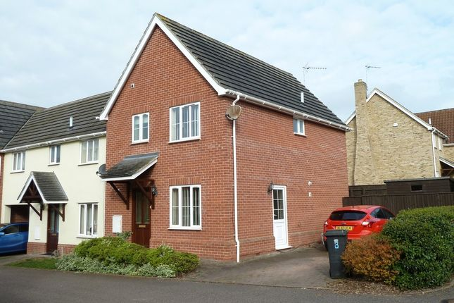 Thumbnail Semi-detached house to rent in Blands Farm Close, Palgrave, Diss
