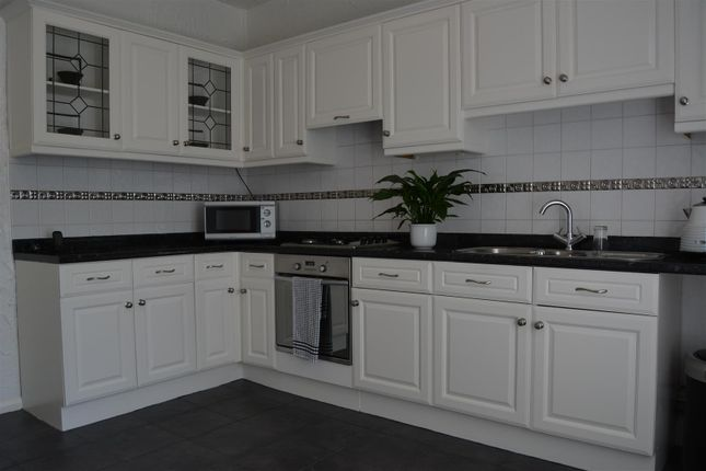 Kitchen of Lister Street, Moldgreen, Huddersfield HD5