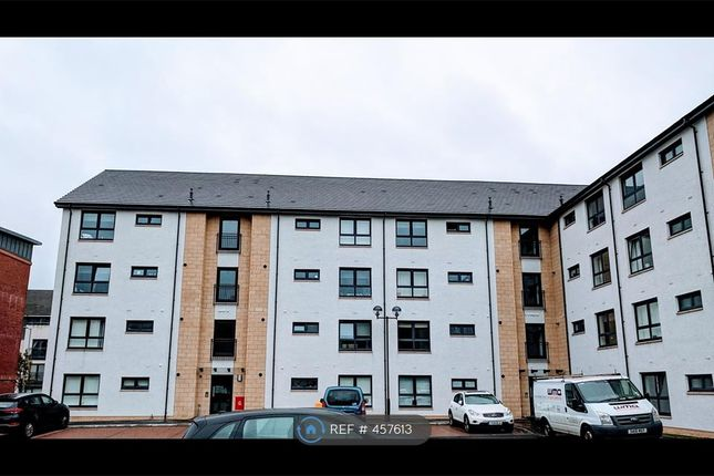 Thumbnail Flat to rent in Station Road, Renfrew