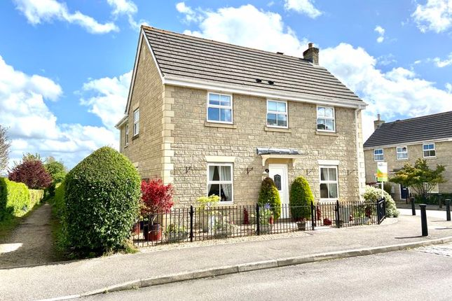 Thumbnail Detached house for sale in Springfield Drive, Calne