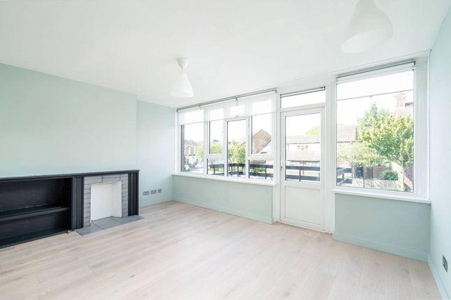 Thumbnail Flat to rent in Raglan Road, Walthamstow