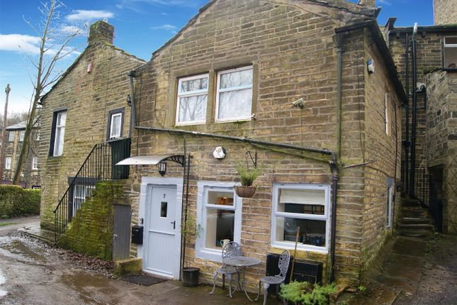 Thumbnail Flat for sale in Croft Street, Haworth, West Yorkshire