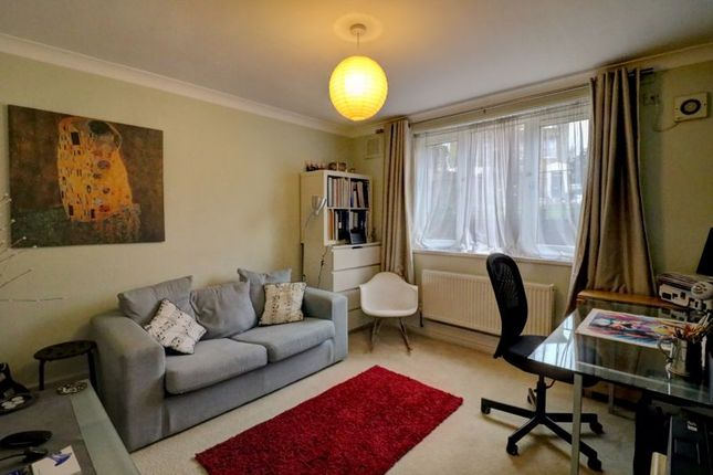 Photo 8 of Parkfield Road, London SE14