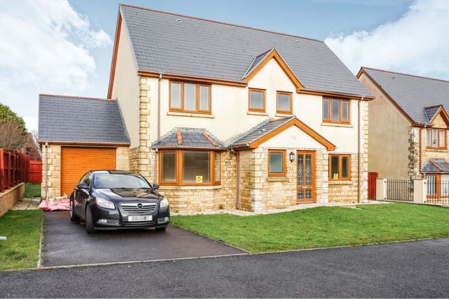 Thumbnail Detached house for sale in Heol Ddu, Treboeth
