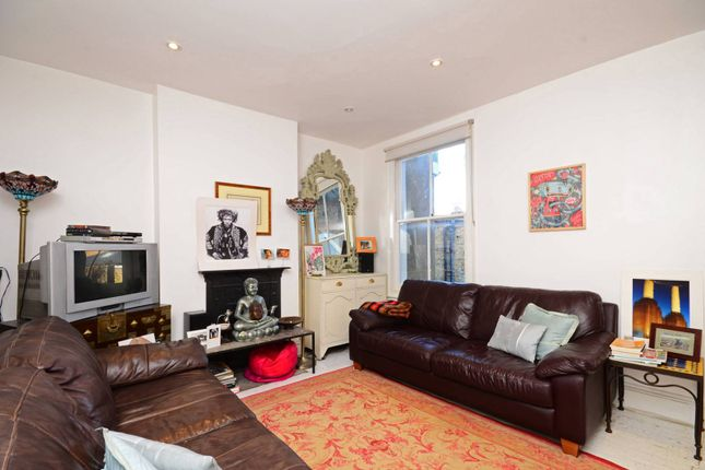 Thumbnail Maisonette to rent in Standen Road, Southfields