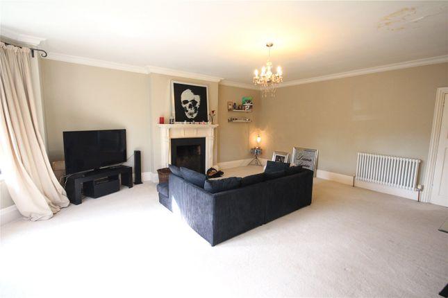 Thumbnail Flat to rent in Worships Hill, Riverhead, Sevenoaks, Kent