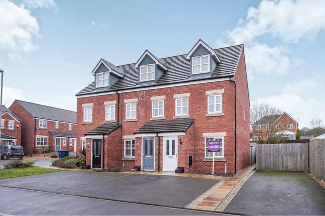 3 bed end terrace house for sale in Beacon Green, Skelmersdale WN8