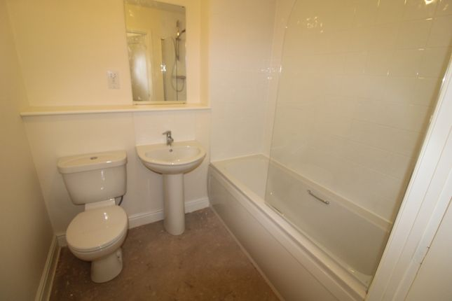2 bedroom flat for sale in Victory Road, Preston
