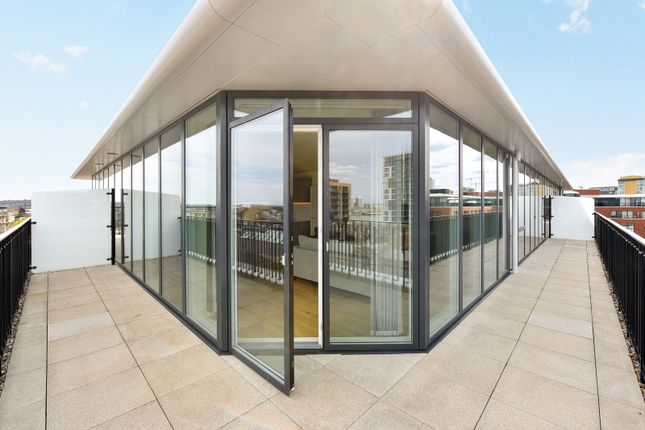 Thumbnail Flat to rent in Europa House, 7 No 1 Street, Royal Arsenal Riverside, Woolwich