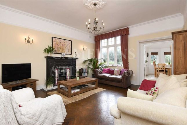 Thumbnail Flat for sale in Brondesbury Park, Brondesbury Park, London