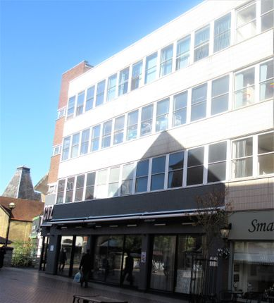 Office to let in Springfield Road, Chelmsford
