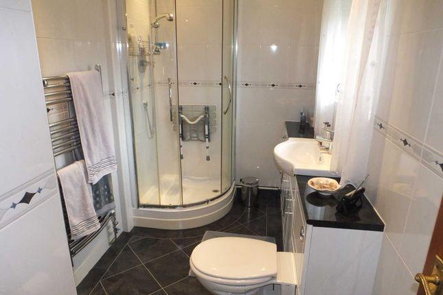 Shower Room of Norwood Place, Killamarsh S21