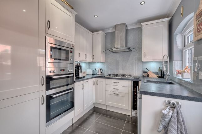 Kitchen of Barnsley Road, Norton, Bromsgrove B61