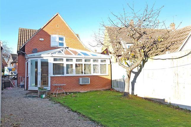 Thumbnail Detached house for sale in Bridgecote Lane, Basildon, Essex