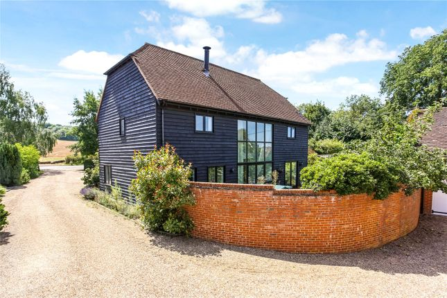 Picture No. 14 of Manor Farm, Wanborough, Guildford, Surrey GU3
