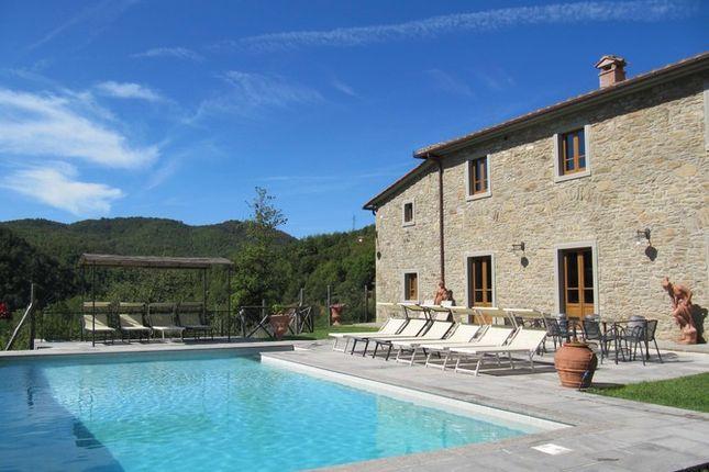 6 bed farmhouse for sale in Casa Rossa, Talla, Tuscany