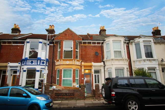 Thumbnail Flat to rent in Angerstein Road, Portsmouth