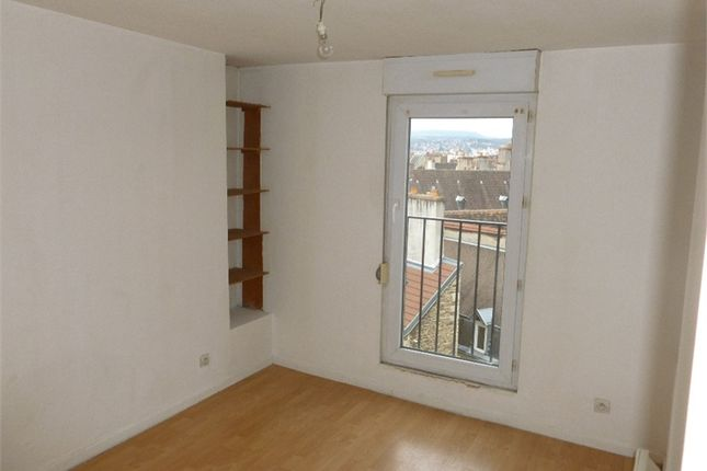 Apartment for sale in Bourgogne, Côte-D'or, Dijon