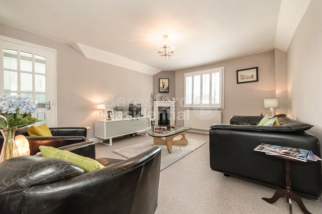 Thumbnail Flat to rent in St. Julians Farm Road, London