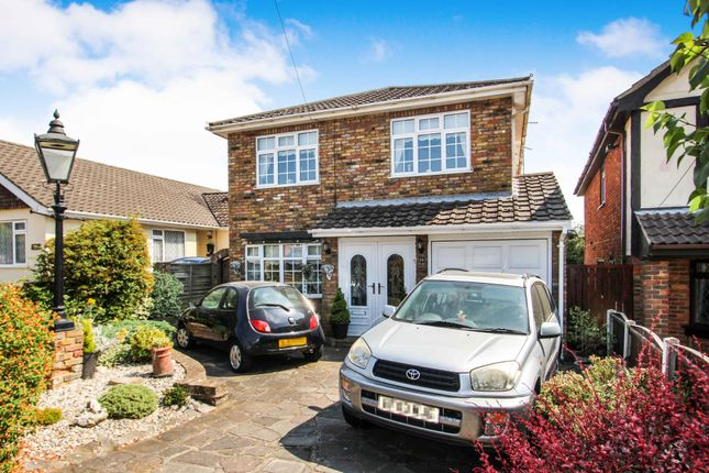 Thumbnail Detached house for sale in Oakleigh Avenue, Hullbridge, Essex